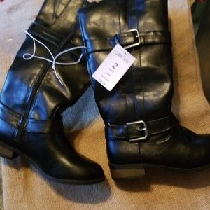 NWT girls black boots with buckle detail